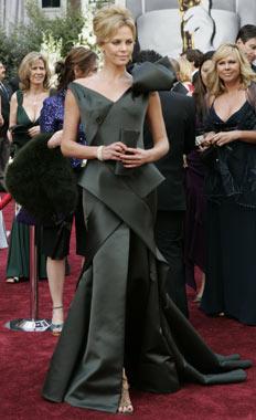 Oskarji 2006 Charlize Theron